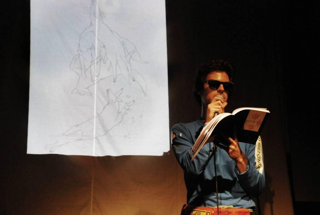 Tibor Hrs Pandur, Idiot na festivalu Mlade rime (foto: Domen Slovinič)