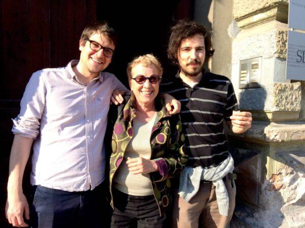 Elizabeth Stone z Mitjo Drabom in Robertom Kuretom