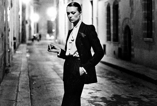 Helmut Newton: Le smoking (1975)
